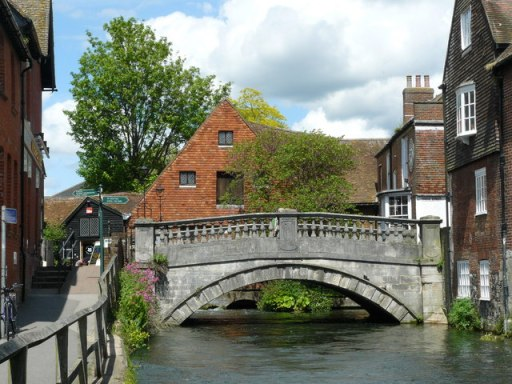 Bridge_Over_the_River_Itchen,_Winchester_-_geograph.org.uk_-_1314014